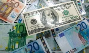 USD vẫn tăng giá mạnh trước thềm phiên họp ECB