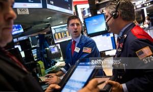 Chứng khoán Mỹ tăng điểm trong phiên giao dịch đầy biến động