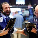 Dow Jones ghi dấu đợt tăng điểm kéo dài nhất 30 năm qua