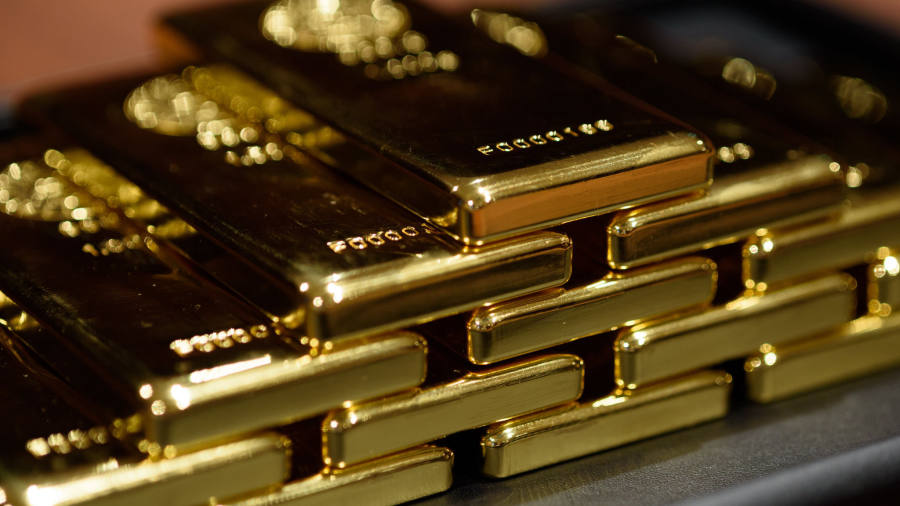 190711-gold-bars-moving