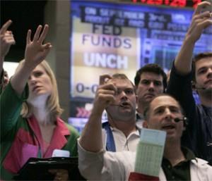 Đã rất lâu thị trường chứng khoán Mỹ lại mới có hiện tượng đảo chiều chóng vánh với biến động lớn như vậy - Ảnh: Reuters.