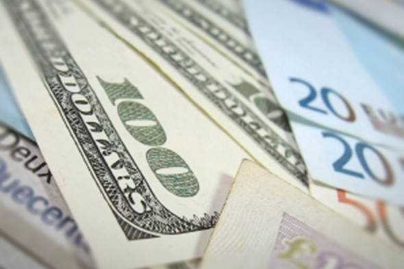 150715-dollar-usd_euro_800x533_L_1411988236