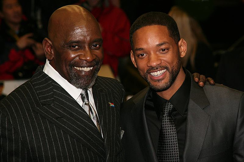 Chris Gardner (trái) và Will Smith (phải). Ảnh: Getty Images
